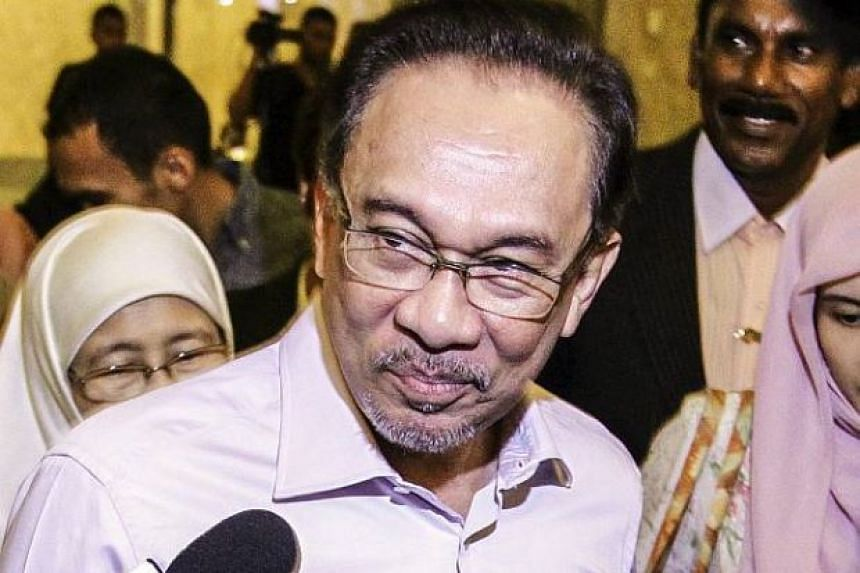 Datuk Seri Anwar Ibrahim's letter zeroed in on Tun Mahathir, criticised the former premier's dominance in the Citizens' Declaration and questioned the elder man's motives.