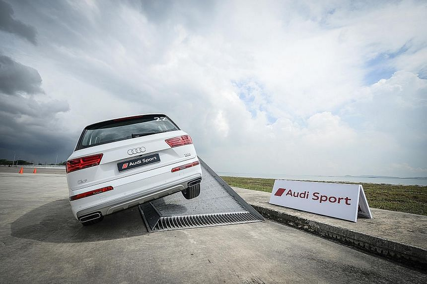 The Audi Sport Driving Experience sets the driver's heart beating like an 18-year-old on his first date.