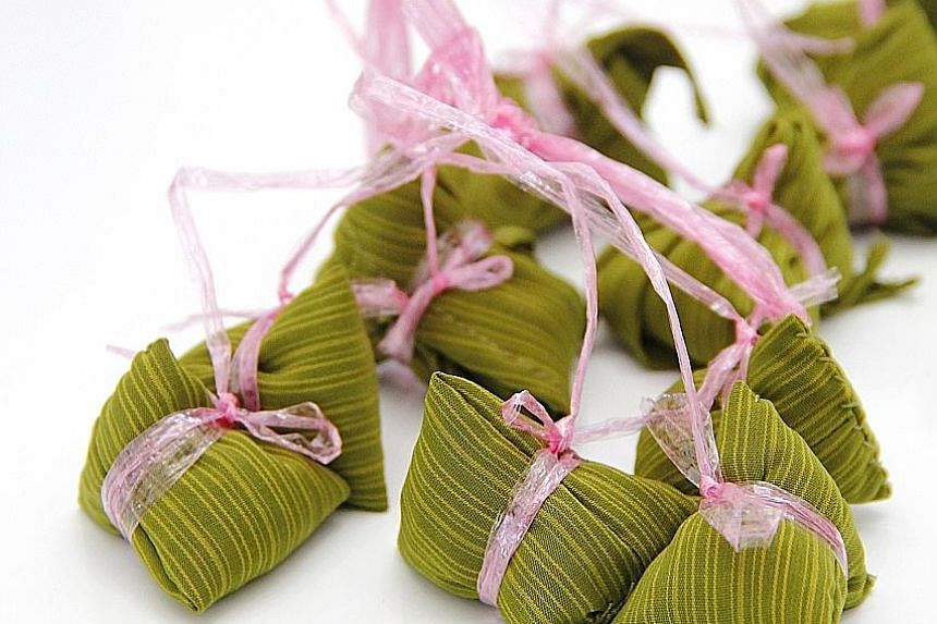 Chemicals from plastic raffia string could melt during cooking and be absorbed by the rice dumplings.