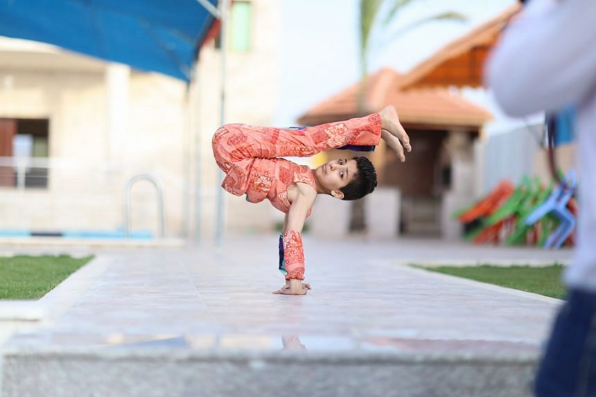 At just 1.37m tall and weighing 29kg, Mohammed al-Sheikh can bend his body in seemingly impossible ways.