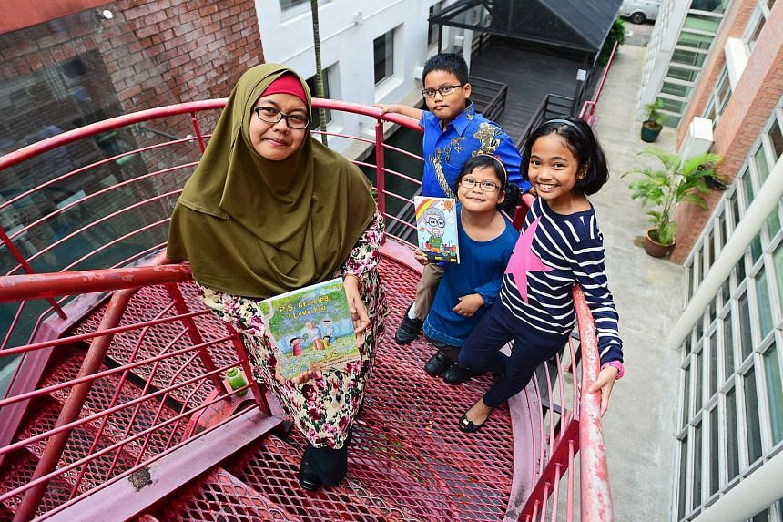 Jumaini Ariff wrote a story about her father's death, told from the perspective of her children, aiming to help children cope with bereavement issues.