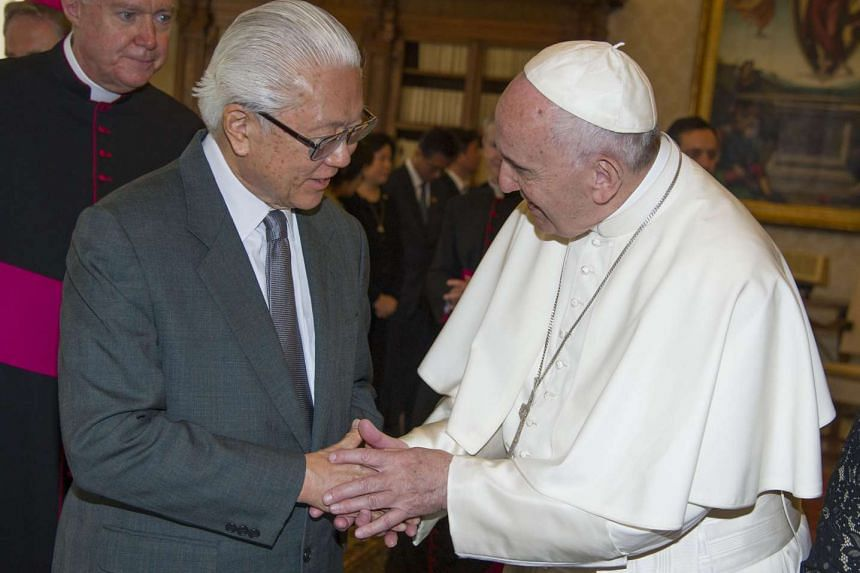 Pope Francis (right) meets the President of Singapore, Tony Tan Keng Yam during a private audience on May 28, 2016 at the Vatican.