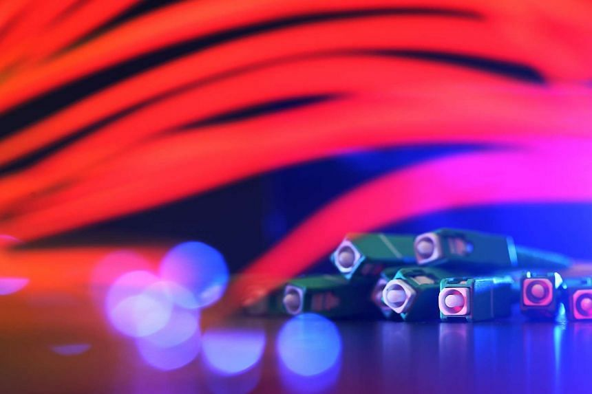A broadband price war has emerged as Internet service providers (ISPs) take aim at some 360,000 cable modem users whose services may be discontinued by end-2017.