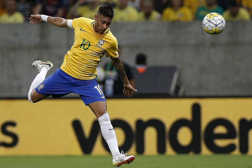 According to former Bayern striker Elber, Brazil captain Neymar is the only top attacker at the Selecao's disposal. Brazil will be without Neymar at the Copa America Centenario, however, with the Barcelona forward being saved for the Olympics instead