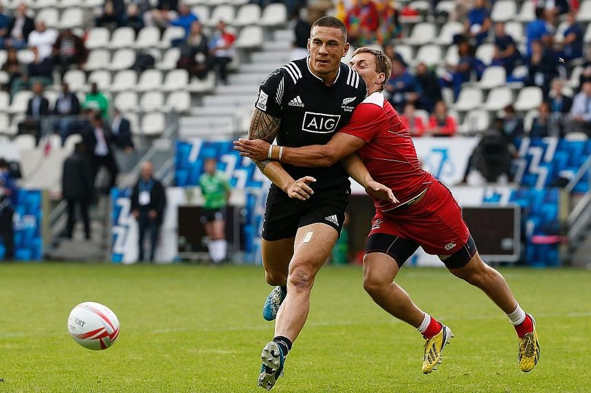Sonny Bill Williams (left) has committed himself to the All Blacks. He will mark his return to the 15-a-side team after playing sevens at Rio.