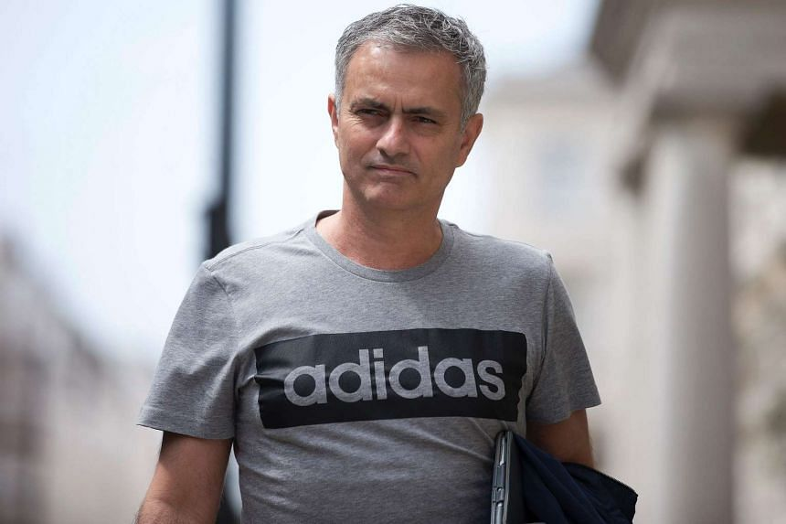 """Manchester United goalkeeper David de Gea is confident that they can build a """"great team"""" with Jose Mourinho (above)."""