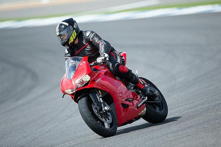 The Panigale's excellent brakes and sticky Pirelli tyres help to keep each ride safe.