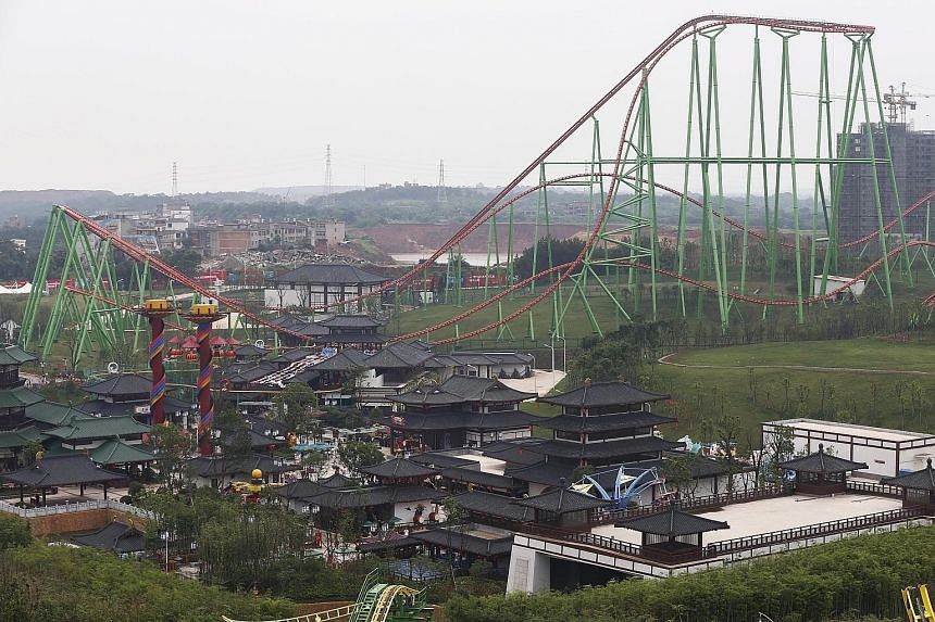 Wanda's theme park, with two of China's biggest rides, has attracted thrill-seekers. However, experts are not certain it can do better than Disney, which has even threatened legal action after characters such as Snow White were spotted posing for pho
