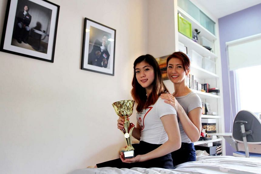 Ms Gemma Foo with her mother Madam Jacqueline Lim.