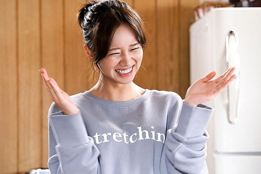 Lee Hyeri plays the eager manager of a rookie band in K-drama Entertainer.