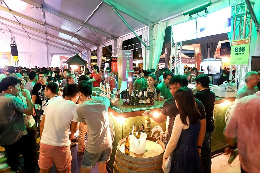The 2015 edition of Beerfest Asia drew 32,000 people. 1925 Microbrewery & Restaurant's director Ivan Yeo and brewmaster Yeo King Joey (far right) will be taking their beer to Beerfest Asia 2016.