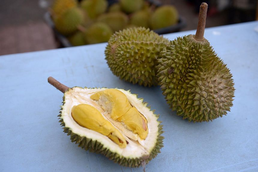 Fruit seller in Taiwan jailed after giving woman durian