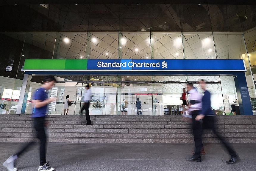 Currently, the flat fee feature allows investors to pay as little as $1 or $2 for relatively small trades, resulting in StanChart being once touted as the most attractive broker in town.