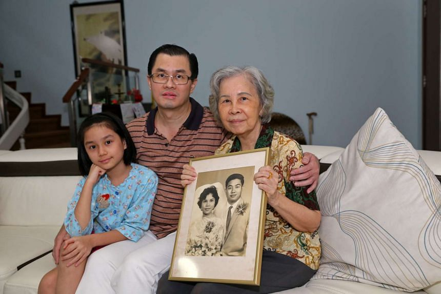 Mr Ong Tiong Yeow with his mother Madam Han Boon Keng and his daughter Andromeda Wang.