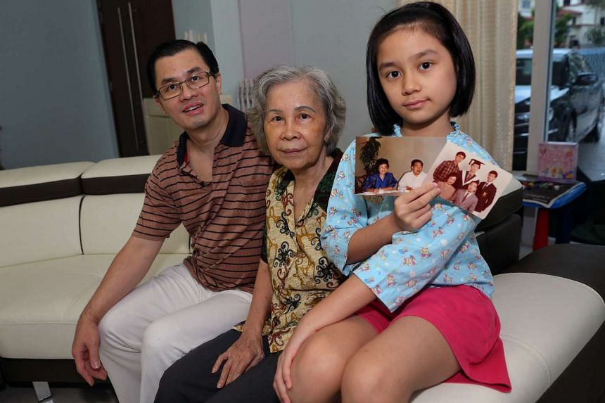 Mr Ong Tiong Yeow with his mother Madam Han Boon Keng and his daughter Andromeda Wang.