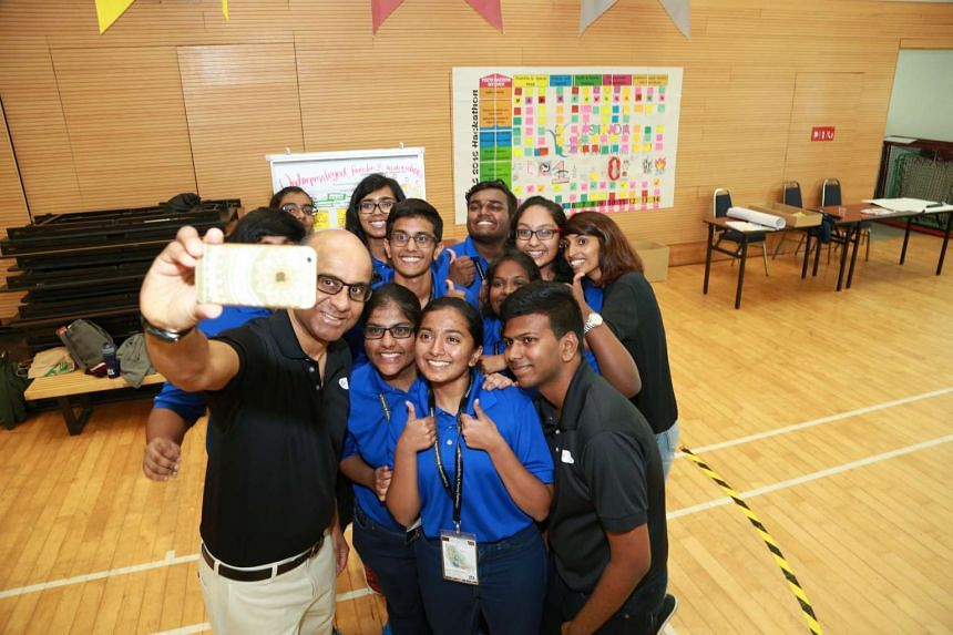 Deputy Prime Minister and Sinda chairman Tharman Shanmugaratnam taking a selfie with participants of the annual Sinda Youth Leaders Seminar on Sunday (June 12).