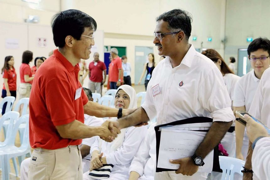 Dr Chee (left) spent about $3.39 per voter, while Mr Murali spent about $3.19 per voter.