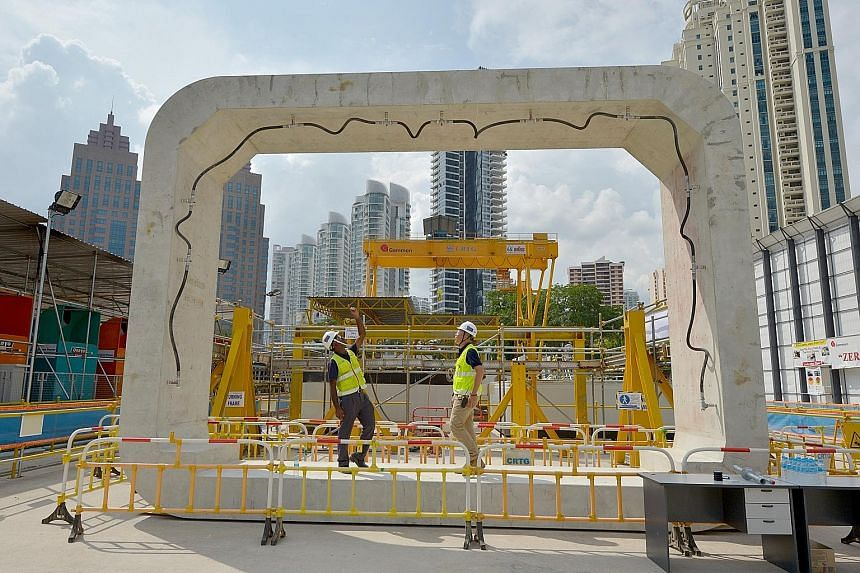 A concrete box ring for the underpass at Havelock MRT station. Weighing 47 tonnes and cast on site, such rings are then lowered into the excavated tunnel and pushed into place by giant hydraulic thrusters.