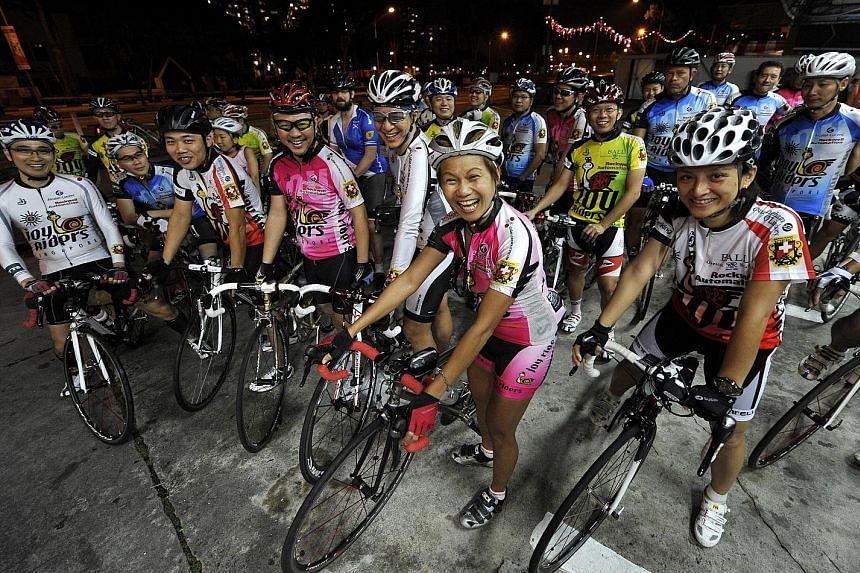 The Joyriders, one of the largest road cycling communities in town. The group organises daily rides that start in the pre-dawn hours along Upper Thomson Road.