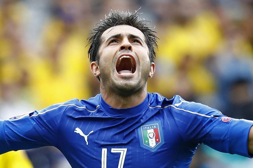 Italy's Eder celebrates his goal.