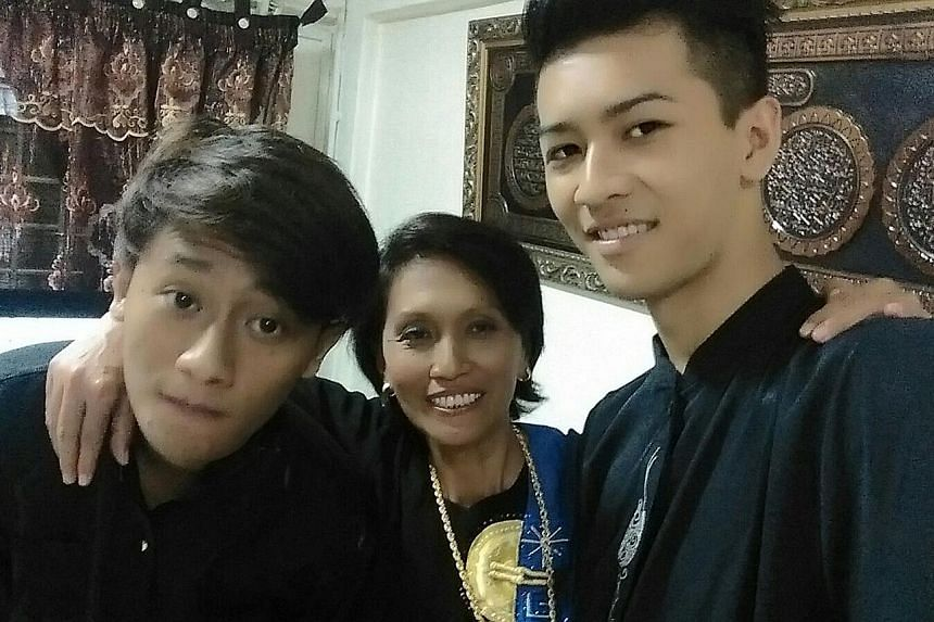 Mr Effandy (left), who has been diagnosed with drug-resistant TB, with his mother Susi Nander and 21-year-old brother Zulkifli, both of whom have been screened for the disease and cleared.
