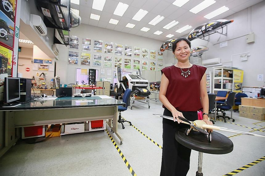 NTU professor Yeong Wai Yee developed a 3D-printed drone together with ST Engineering.
