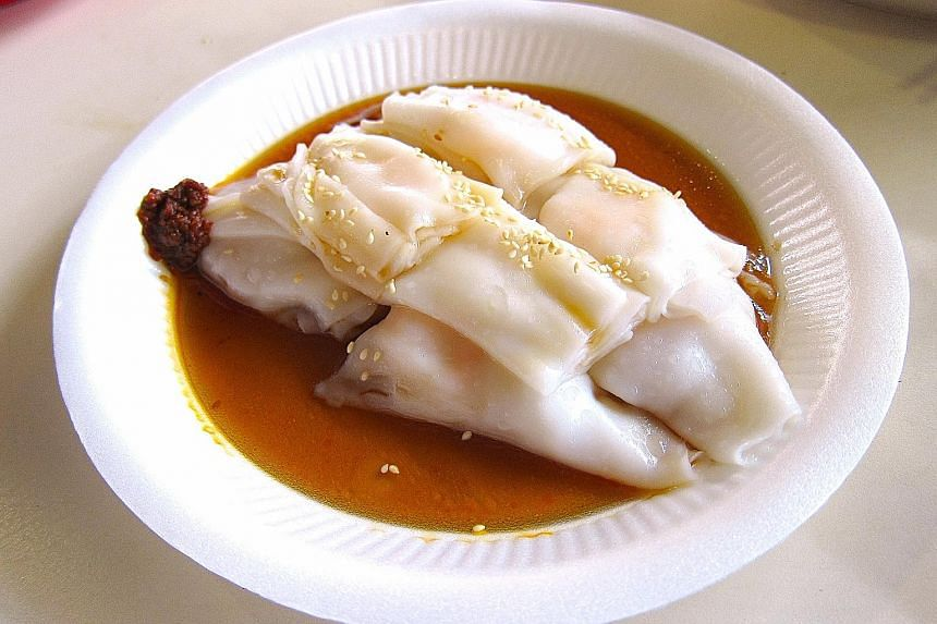 Examples of high GI breakfasts include chee cheong fun. GI measures the sugar in the blood from the carbohydrates eaten. High blood sugar levels raise the risk of diabetes and cardiovascular disease.