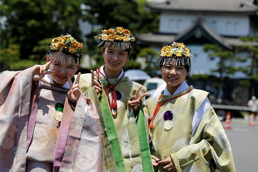 Japan's minimum voting age has been lowered from 20 to 18 in the first such revision since universal suffrage was introduced in the country in 1945.