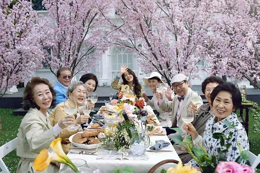 Korean drama Dear My Friends, which features a cast in their 60s and 70s, has attracted a steady following with its realistic plots and characters.