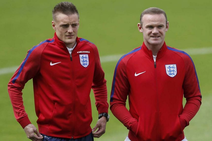 Jamie Vardy and Wayne Rooney during an England training session.