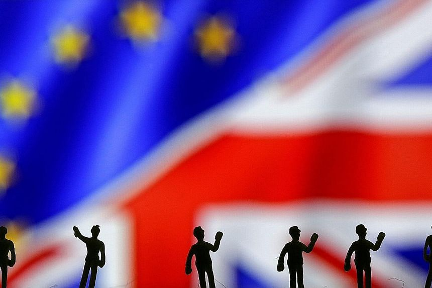 Britain's opinion pollsters are bracing themselves for fresh criticism when the EU referendum results are out. In last year's British general election, all of them had predicted that no party would win big, but when the results were out, the Conserva
