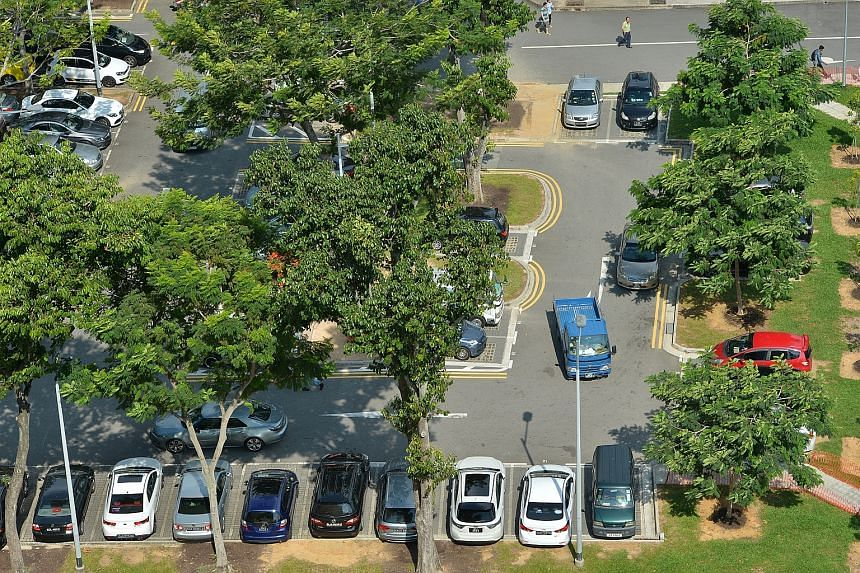 An outdoor public carpark at Rocher Canal Road.