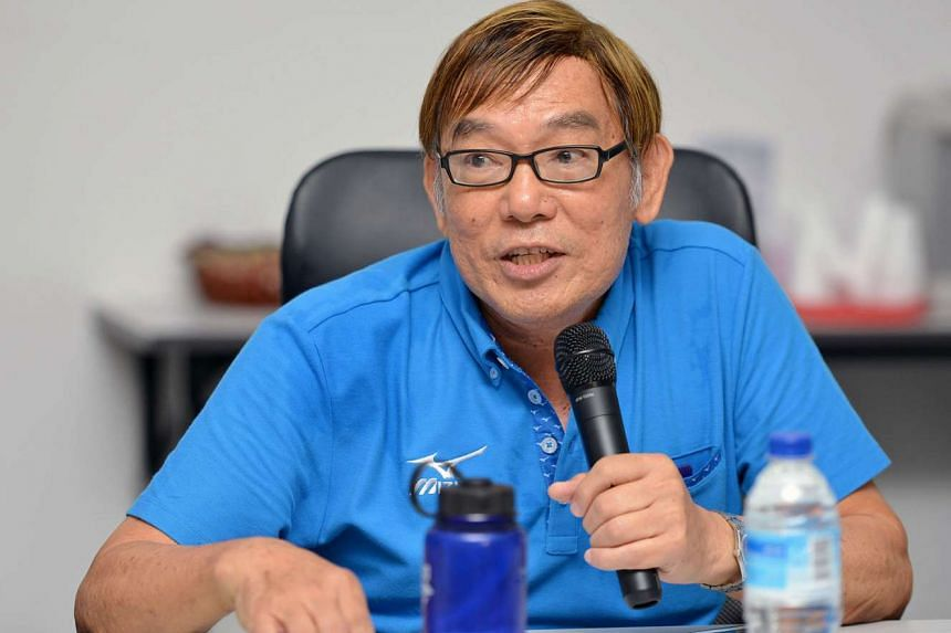 Singapore Athletics honorary secretary Ho Mun Cheong will be running for the sports body's presidency against Edmond Pereira.