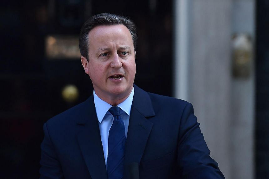 British Prime Minister David Cameron speaks to the press in front of 10 Downing Street in central London, on June 24, 2016.