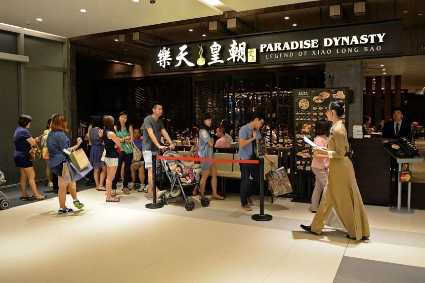 The queue outside the Paradise Dynasty restaurant at Westgate mall in Jurong East, on Dec 21, 2013.