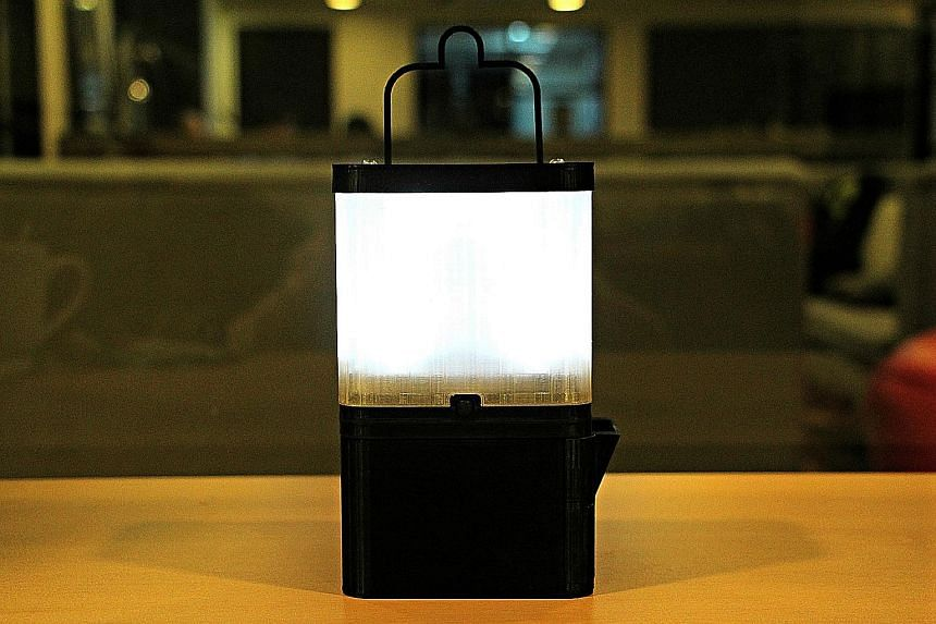 Above: The SALt lamp uses a mixture of salt and water to energise a light-emitting diode. It also has a USB port for charging gadgets. Right: SALt seeks to provide a sustainable alternative source of lighting to communities that rely on kerosene lamp