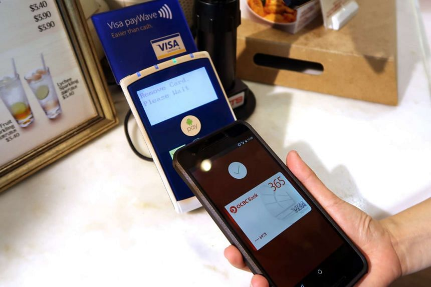 Android Pay being used for a purchase at ToastBox.