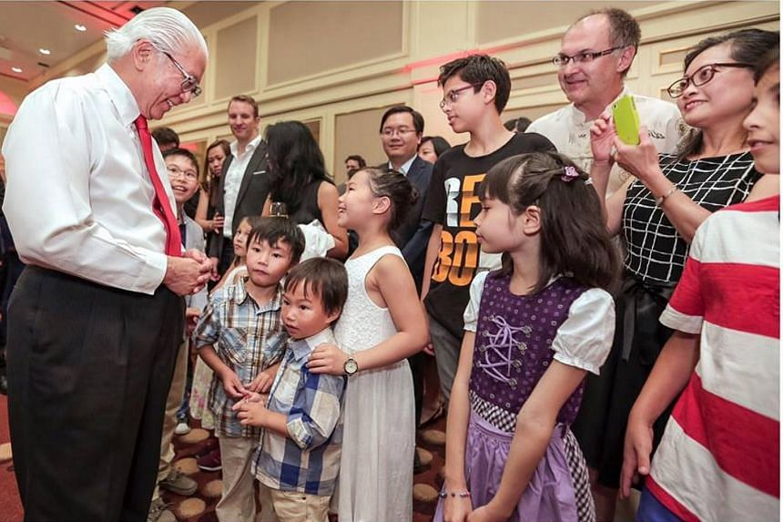 President Tony Tan also met Singaporeans living in Germany on June 24, during a six-day working visit to Lindau, Germany.