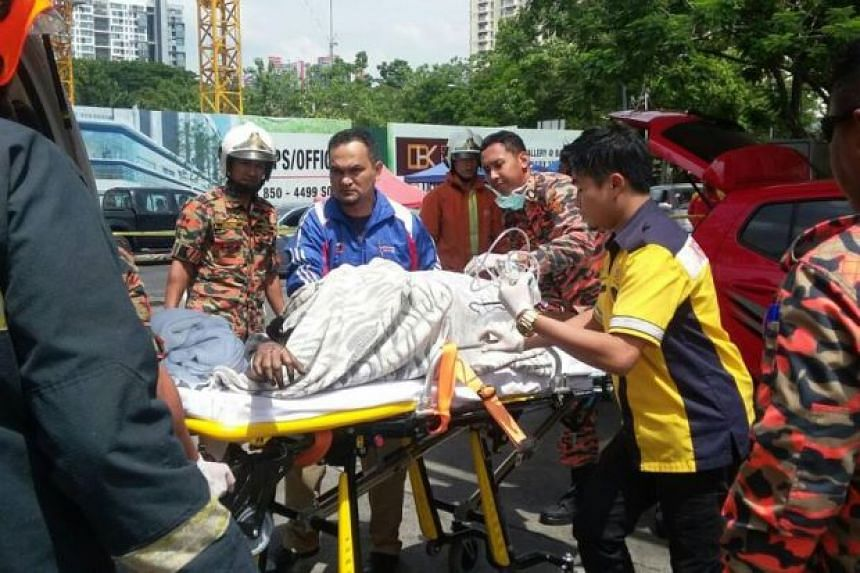 Woman In Malaysia Suffers Severe Burns When She Uses Mobile Phone While Refuelling Her Car Se Asia News Top Stories The Straits Times