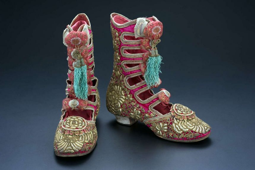 Woman's ankle boots.