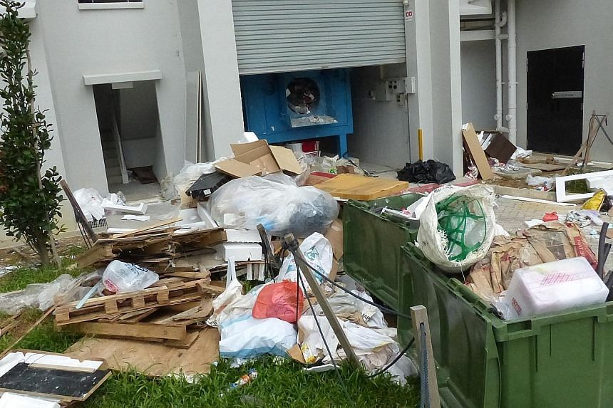 Illegal dumping of rubbish at Keat Hong Link. Nobody has owned up to throwing away items like old sofas and mattresses in at least three blocks in Choa Chu Kang Avenue 7 and Keat Hong Link, but some people think careless neighbours and workmen could
