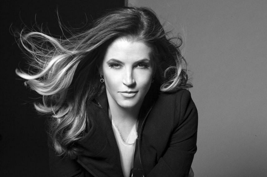 Singer Lisa Marie Presley has filed for divorce from guitarist Michael Lockwood, her husband of more than 10 years.