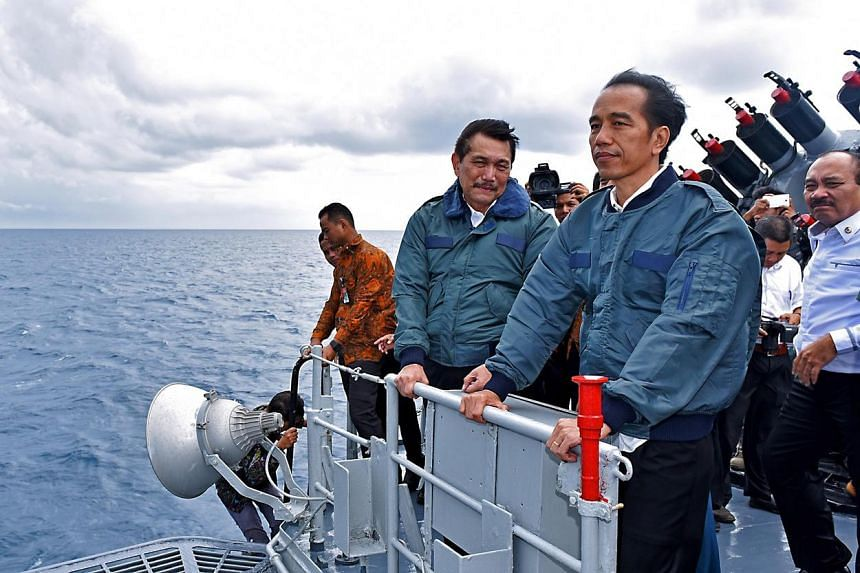 The Indonesian military has received President Joko Widodo's green light to mount a rescue operation if diplomatic efforts fail to free the Indonesian hostages being held by Abu Sayyaf militants.