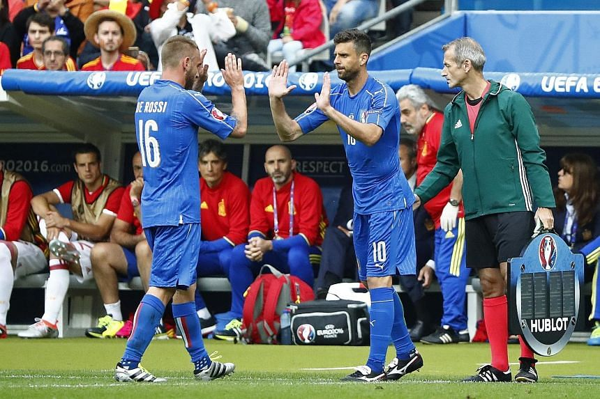 Thiago Motta (right) coming on for the injured Daniele de Rossi in Italy's 2-0 win over holders Spain in the last 16. Neither will play in tomorrow's quarter-final clash against world champions Germany but coach Antonio Conte is confident his reserve