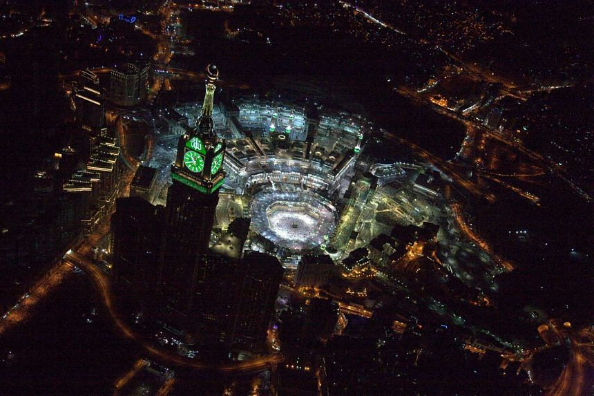 An aerial view showing Muslim worshippers praying at the Grand mosque in Mecca, on Lailat al-Qadr, or Night of Power, on July 1, 2016.