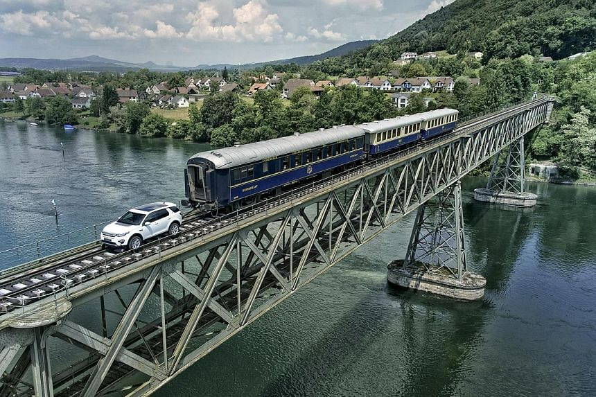 A Land Rover Discovery Sport towed a 100-tonne train.