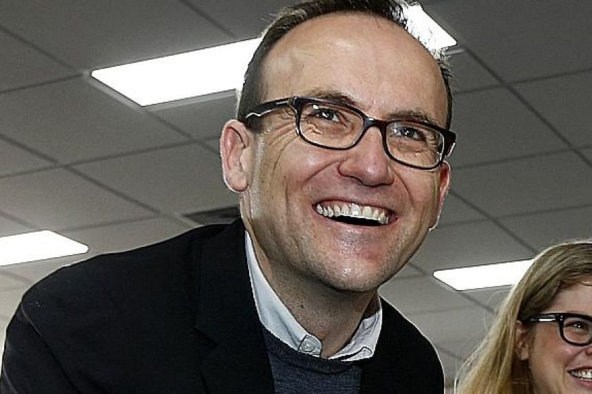 Victorian independent Cathy McGowan has not revealed whom she will support but is known to be conservative. Greens MP Adam Bandt has made it clear he that will not be in Mr Turnbull's camp. Rural MP Bob Katter tends to be staunchly conservative on so
