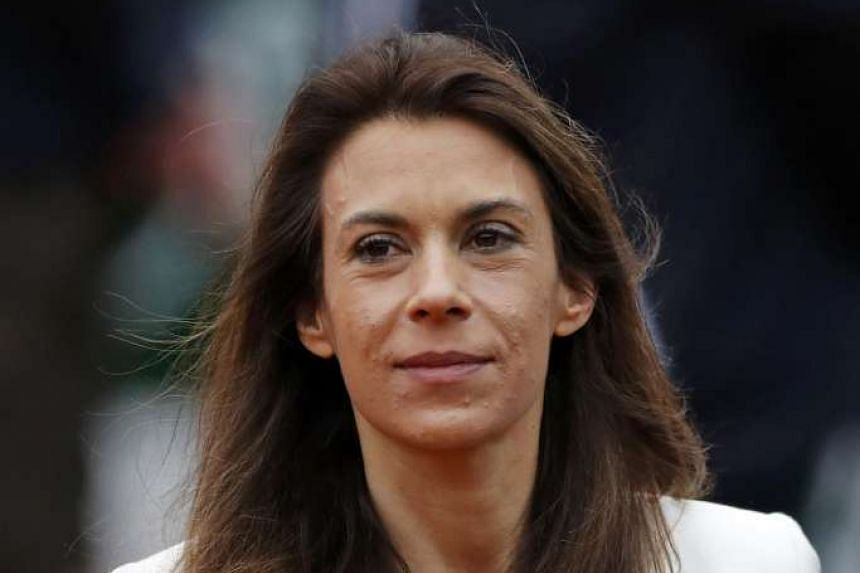 Former tennis player Marion Bartoli has said she fears for her life after picking up a mystery virus which has caused dramatic weight loss.