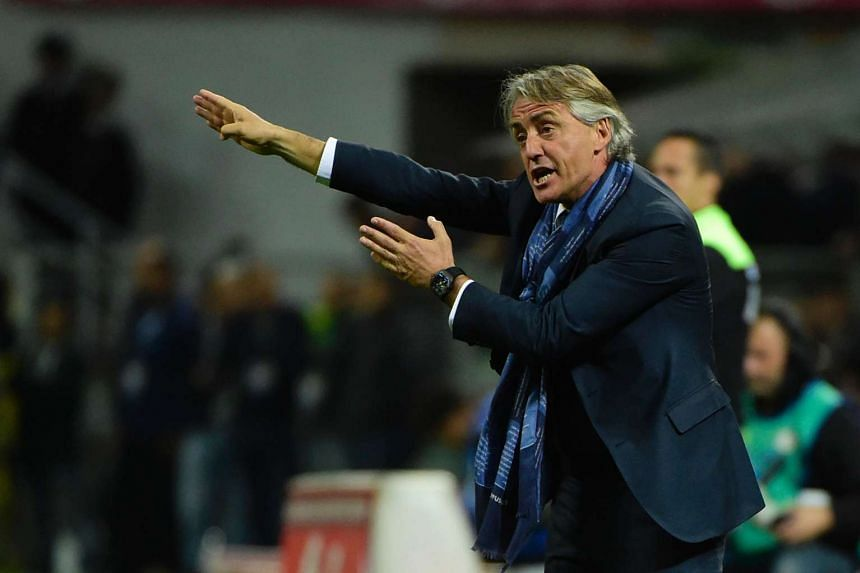 Inter Milan coach Roberto Mancini is interested in taking on the England manager's role vacated by Roy Hodgson.