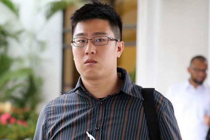 SCDF paramedic Elroy Chan (pictured), who tried to resuscitate Mr Tan Kok Keng on Feb 10, 2015.